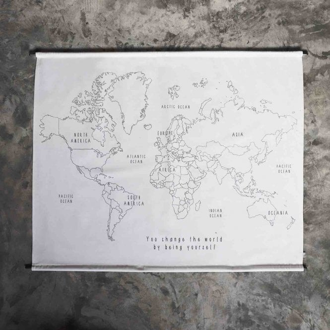 MADE BY YOU - WORLD MAP POSTER KIT